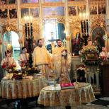 Sfanta Liturghie si Te-Deum Ziua mamei si a femeii